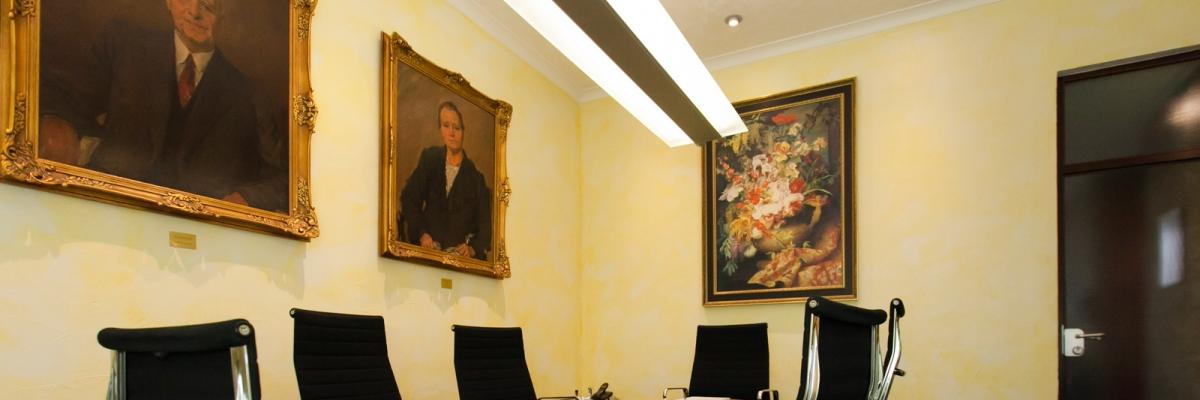 Das Besprechungszimmer der Rechtsanwaltskanzlei Amian aus Aachen