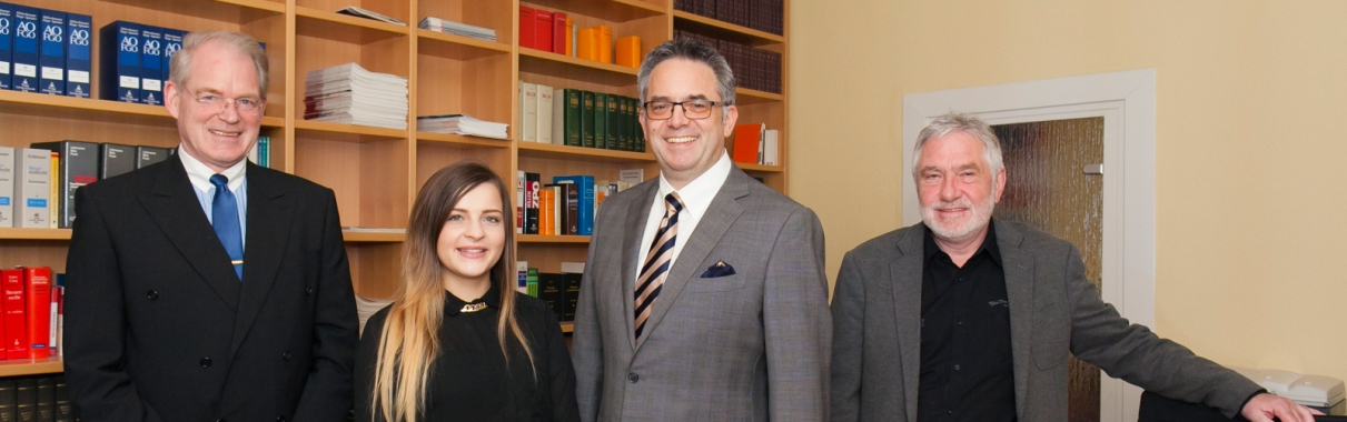 Das Team der Rechtsanwaltskanzlei Amian Aachen